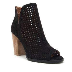 Qupid platform heel shoes size 10 women's open toe